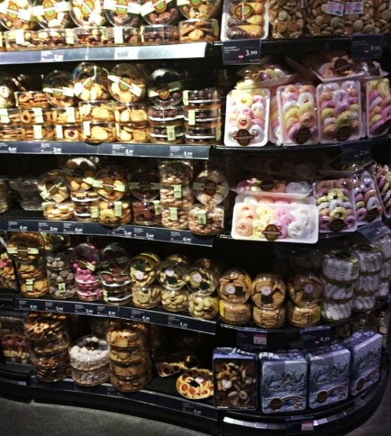 MERKUR Sweets section